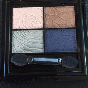 Laura geller first bloom eye palette
